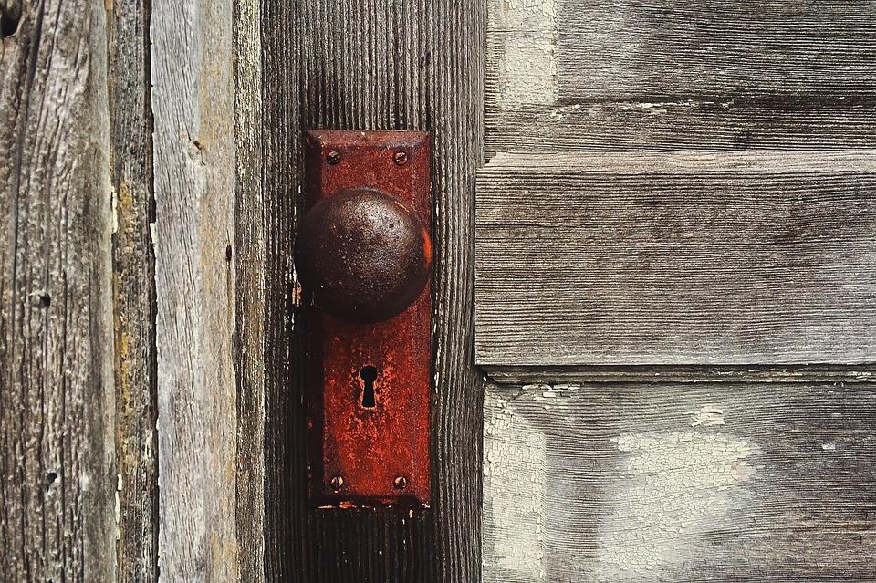door-1110671_960_720