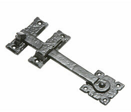 Kirkpatrick Square Frill Norfolk Thumb Latch